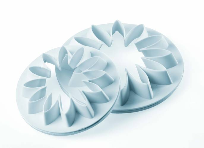 Flower plastic cutters