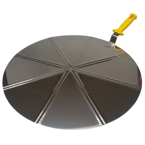 Stainless steel pizza tray with raised handle