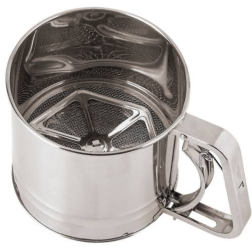 Flour sifter with handle