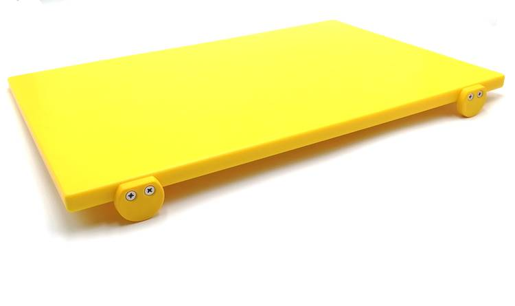 Yellow polyethylene cutting board with stoppers 60x40 cm