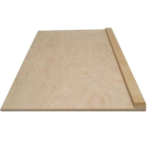 Brett aus Holz mit Festhalten zum Kneten